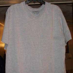 Magellan Outdoors XL Gray T-Shirt